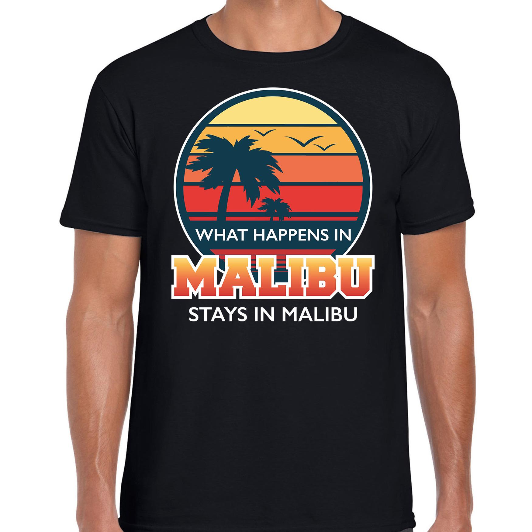 What happens in Malibu stays in Malibu shirt beach party - vakantie outfit - kleding zwart voor here